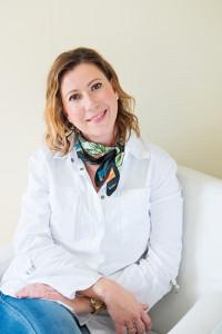 Dr. Dienes Anna
